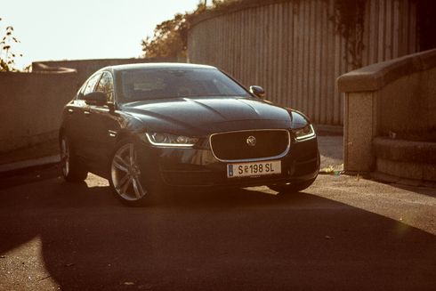 Jaguar XE 2,0 turbo – mladý aristokrat