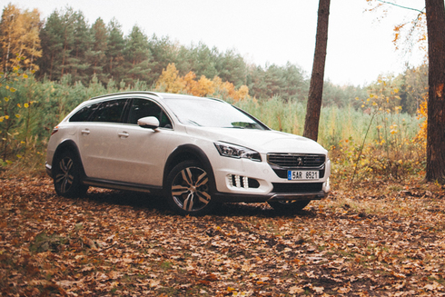 Peugeot 508 RXH 2,0 HDi – outdoorový oblek